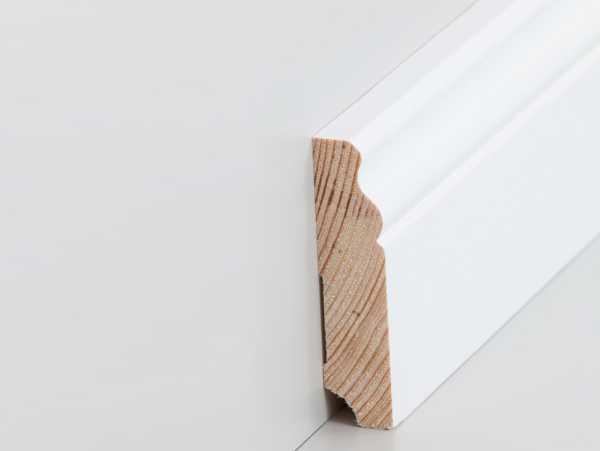 Extrem Fußleiste Altberliner Profil 19 x 80 mm, weiß lackiert | leisten UI04